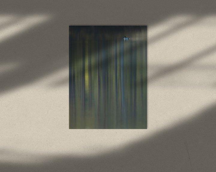 Sfeerimpressie: Brilduiker met reflectie van bos van Erik van Velden