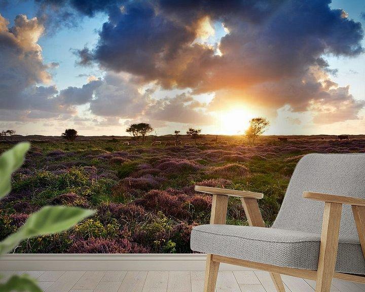 Sfeerimpressie behang: Heide op Texel van Ronald Timmer