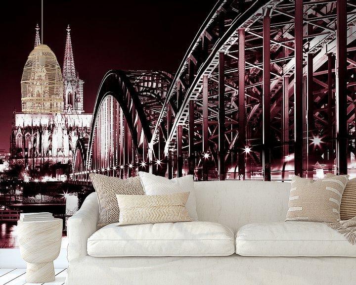 Sfeerimpressie behang: De dom in Keulen met de Rijnbrug. van Karel Pops