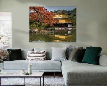 Herfst bij de Gouden Tempel in Kyoto, Japan van Frank den Hond