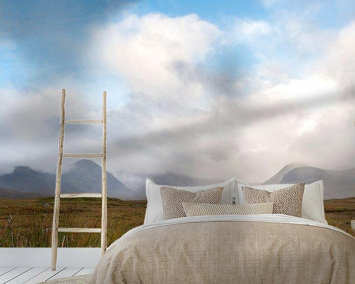 Beispiel fototapete: Schots landschap met bergen en wolken von Rob IJsselstein