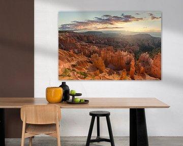 Zonsopkomst in Bryce Canyon National Park van Edwin Mooijaart