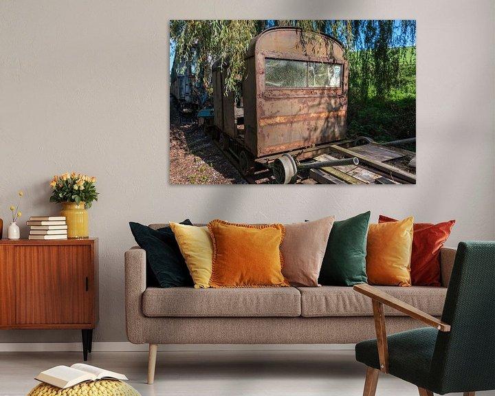 Sfeerimpressie: old rusted train at trainstation hombourg van Compuinfoto .