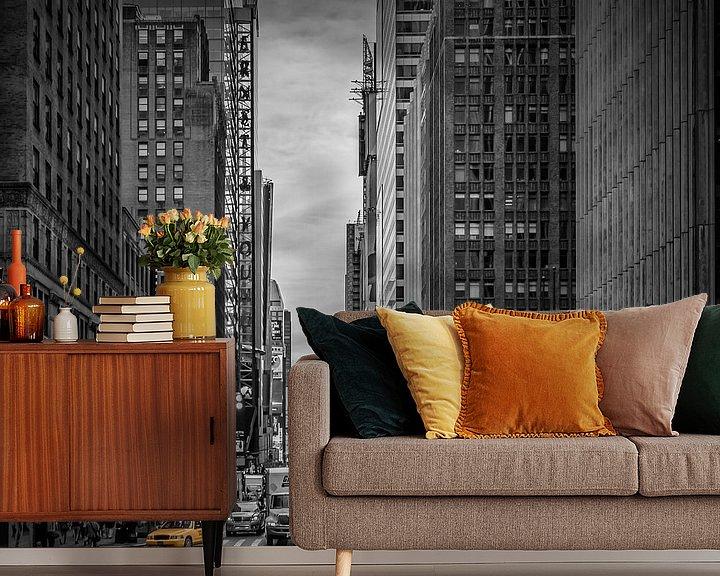 Sfeerimpressie behang: NEW YORK CITY verkeer op 7th Avenue van Melanie Viola
