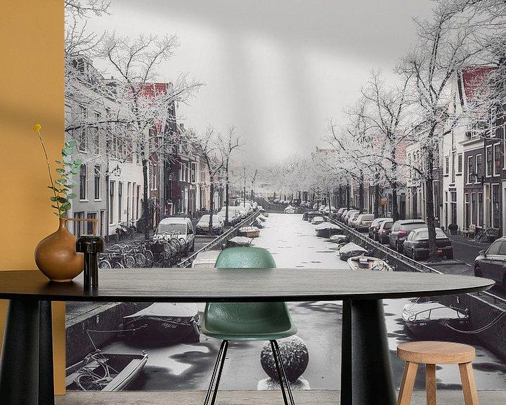Sfeerimpressie behang: Haarlem: Bakenessergracht winterochtend 1. van Olaf Kramer