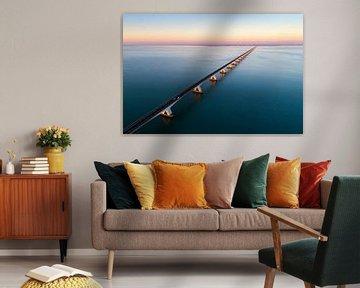 Zeelandbrug zonsondergang van Vincent Fennis