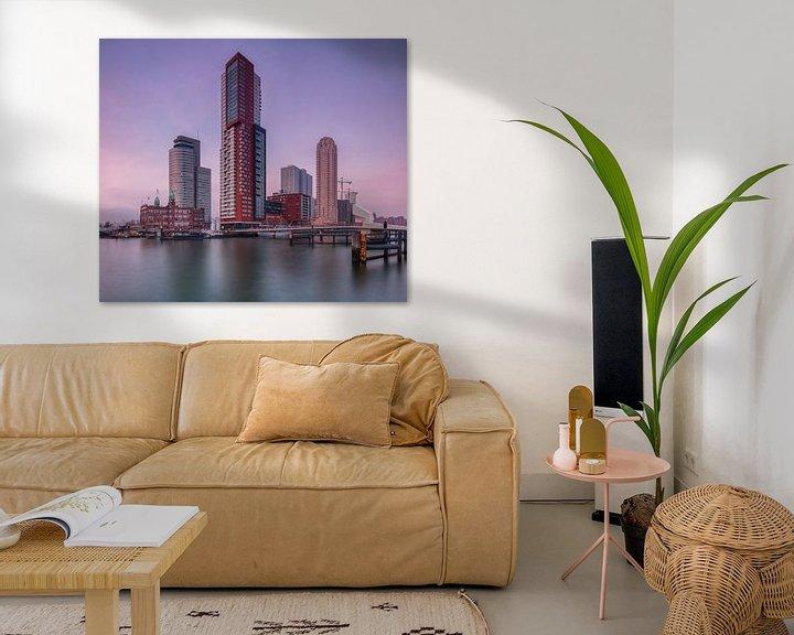 Sfeerimpressie: Skyline Rotterdam bij de kop van zuid van Ilya Korzelius