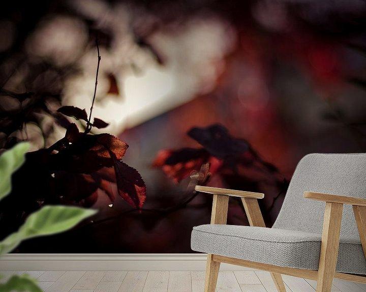 Sfeerimpressie behang: Autumn's fire van Dick Nieswaag