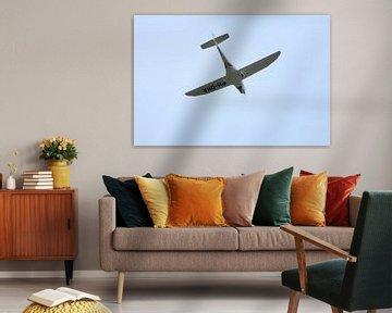 vliegtuig van onder af van milan willems
