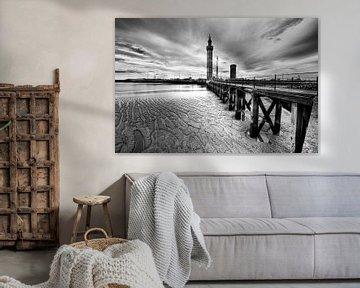 Grimsby Dock Tower van Esther Seijmonsbergen