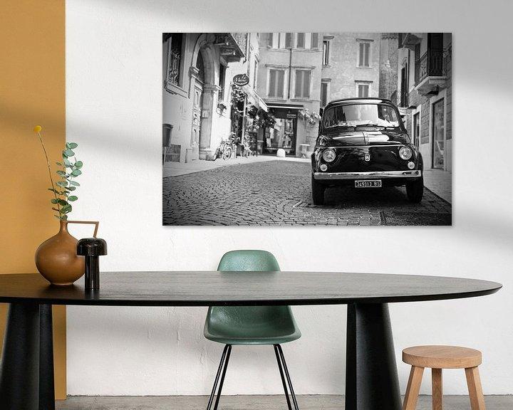 Sfeerimpressie: Vintage Fiat 500 oldtimer in Verona -Italië van Jasper van de Gein Photography