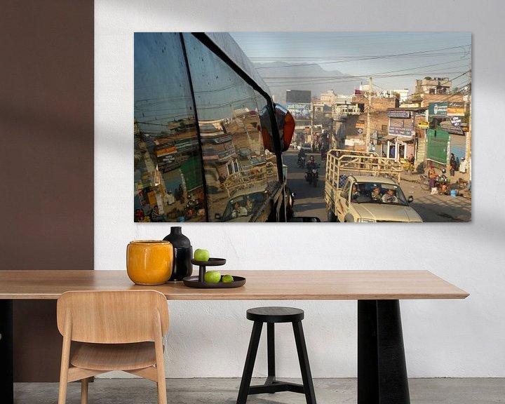 Sfeerimpressie: 'Busrit', Kathmandu- Nepal van Martine Joanne
