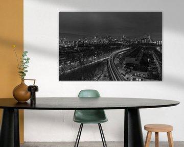 Het uitzicht op de skyline van Rotterdam