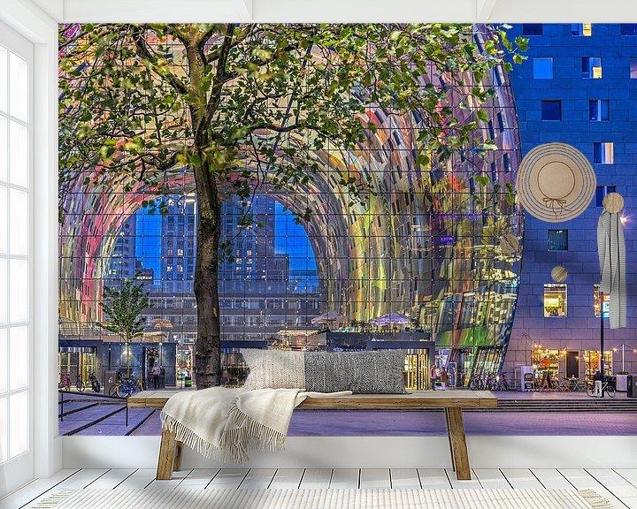 Sfeerimpressie behang: De Markthal bij avond van Frans Blok