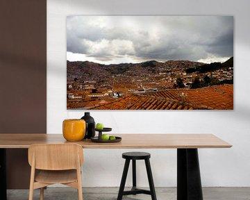'Rode daken', Cuzco- Peru van Martine Joanne