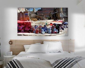 'Markt op straat', La Paz -Bolivia van Martine Joanne