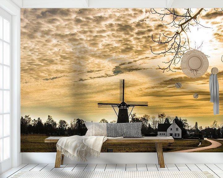 Sfeerimpressie behang: A Dutch windmill in evening light van Brian Morgan