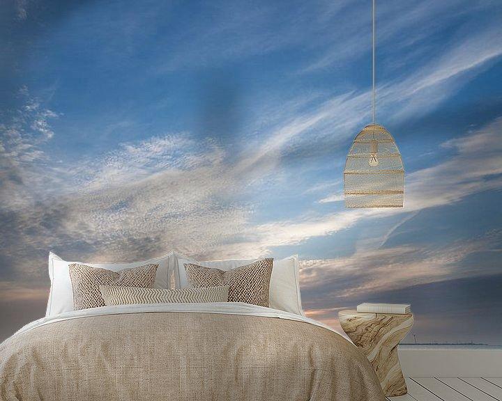 Sfeerimpressie behang: Sluimerige zonsopkomst in Delfzijl van Ron Buist
