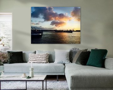 Sunrise botlek Rotterdam van Jeus Akkerman