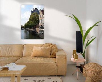 Stadtbild an der Grote Kerk in Dordrecht von Nicolette Vermeulen