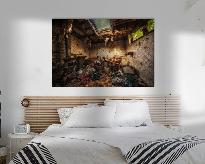 Beispiel: Oude badkamer in een verlaten boerderij in Belgie von Steven Dijkshoorn
