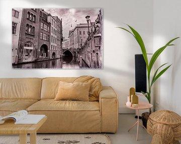 Oudegracht en Stadhuisbrug in zwartwit van Jan van der Knaap