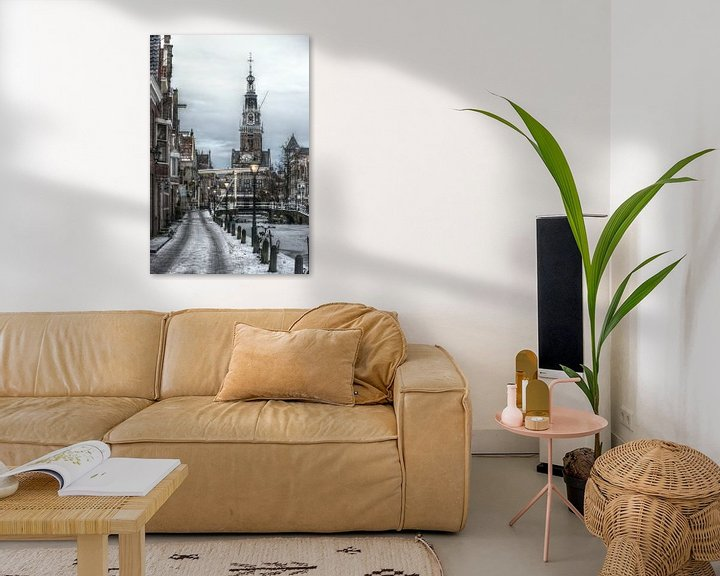 Sfeerimpressie: Alkmaarse Waagtoren in de winter van Mike Bing