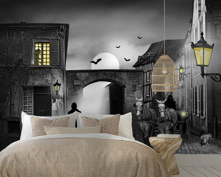 Sfeerimpressie behang: Bezoek om middernacht van Monika Jüngling