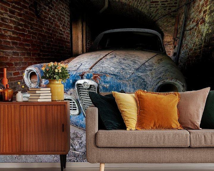 Sfeerimpressie behang: Lost Alfa Romeo van Wigo Worsseling