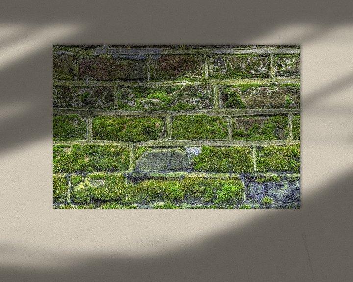 Sfeerimpressie: Druppels op een stadsmuur van Frans Blok