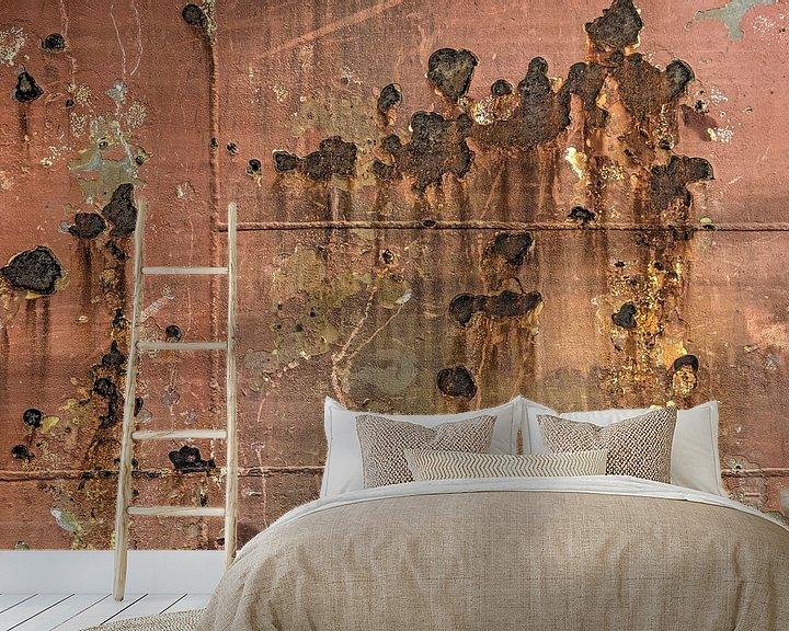 Sfeerimpressie behang: Scheepsromp met roest en lasnaden van Frans Blok