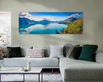 Route langs Lake Hawea, Nieuw Zeeland van Rietje Bulthuis