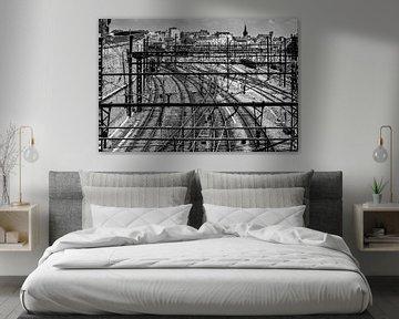 Train yard Dijon in black and white sur Peter van Eekelen