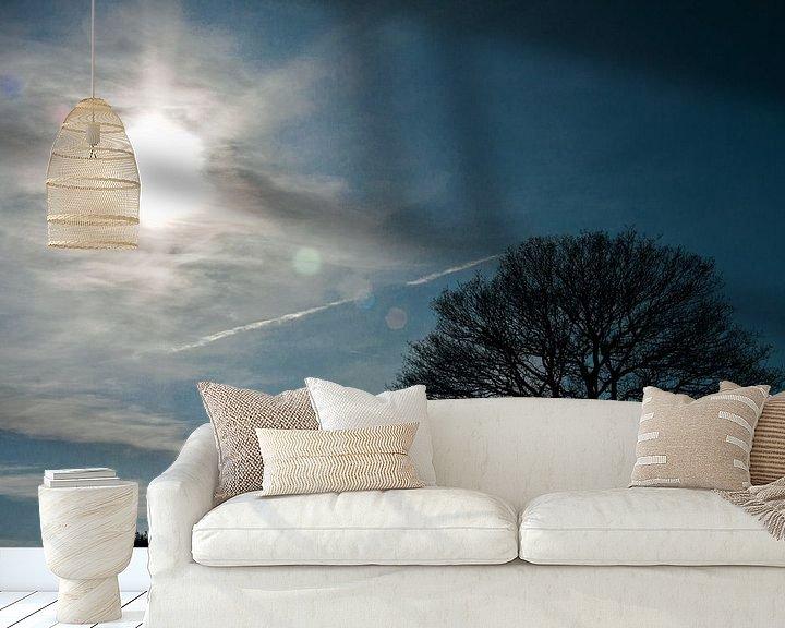 Sfeerimpressie behang: Lonely tree van Robbie Veldwijk