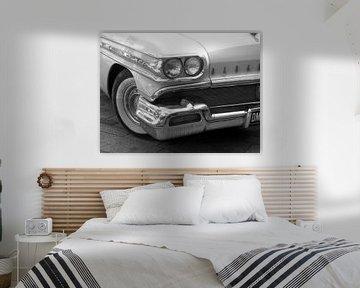 White Georgeous Oldsmobile Car van Nicky`s Prints