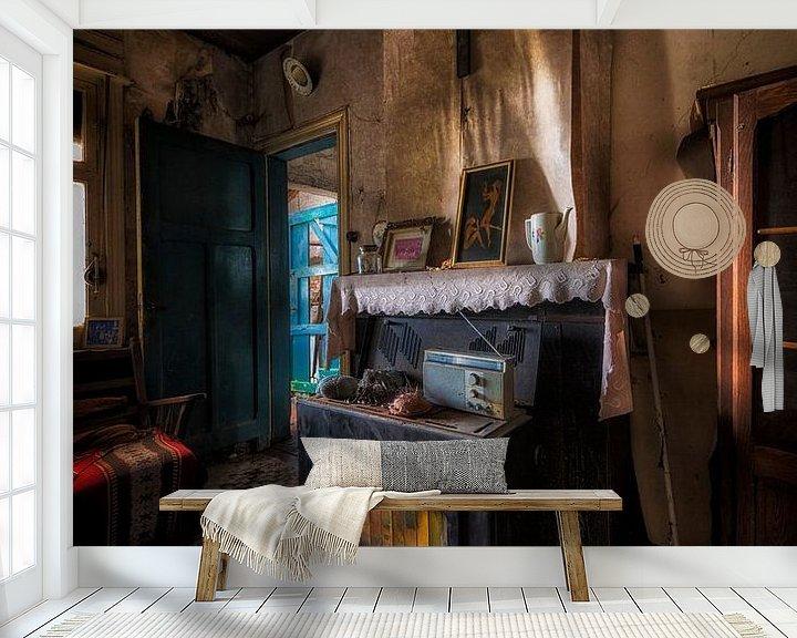 Beispiel fototapete: Een oude kachel op een verlaten plek in Belgie von Steven Dijkshoorn