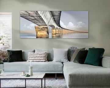 Panoramafoto einer eleganten Brücke in Frankreich