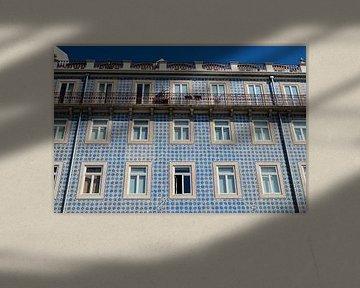 Tegelwerk in Lissabon van Yvonne van der Meij