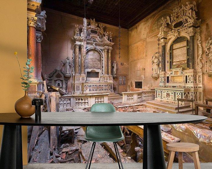 Beispiel fototapete: Verlassene Kirche im Verfall. von Roman Robroek