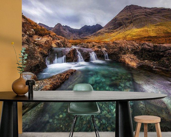 Sfeerimpressie behang: Fairy Pools | Scotland van Steven Dijkshoorn