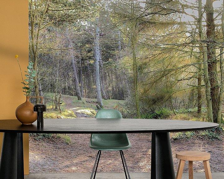 Sfeerimpressie behang: Donkere duinen - bos in Den Helder van Ronald Smits