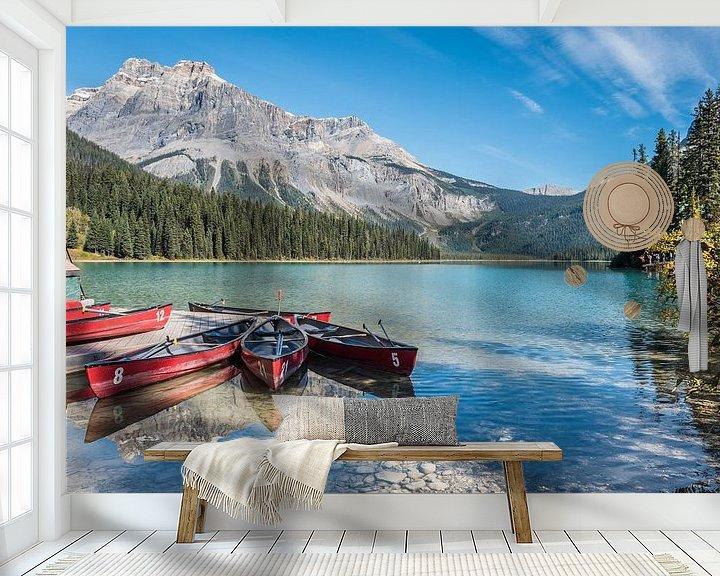 Sfeerimpressie behang: Boten in Canada van Trudy van der Werf
