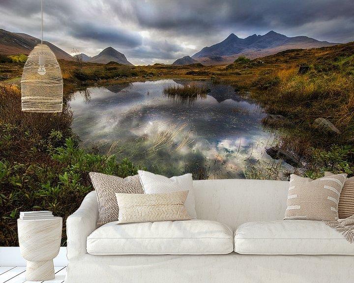 Sfeerimpressie behang: Isle of Skye in Schotland van Steven Dijkshoorn