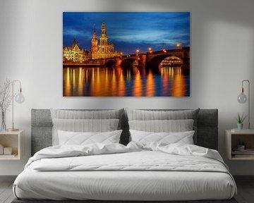 Augustusbrug en de hofkerk van Dresden van Daniela Beyer