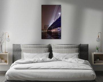 Erasmusbrug Rotterdam bij nacht von Leonie Vreeswijk-Feith