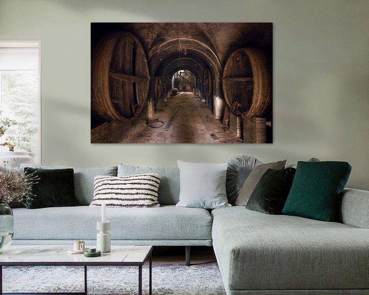 Beispiel: Verlassener Weinkeller. von Roman Robroek