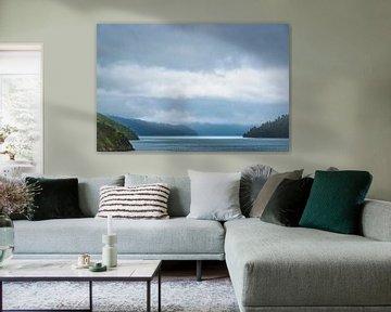 Licht aan de horizon, Marlborough Sounds, Nieuw Zeeland van Rietje Bulthuis