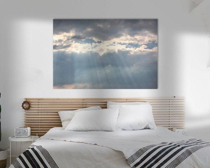 Sfeerimpressie: Zonnestralen barsten door de wolken van Ronald Smits