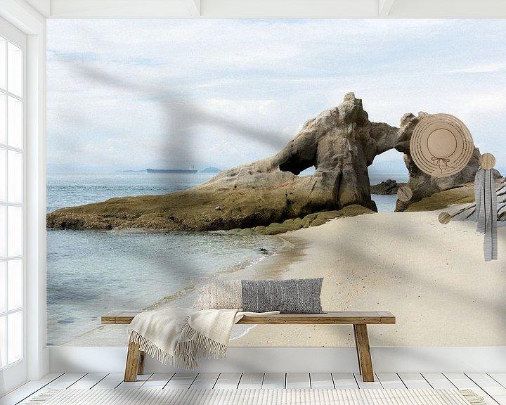 Sfeerimpressie behang: Rotsen aan het strand van Marijn Kuijper