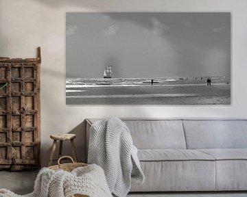 zwart-wit schilderij van tall ship  de Morgenster